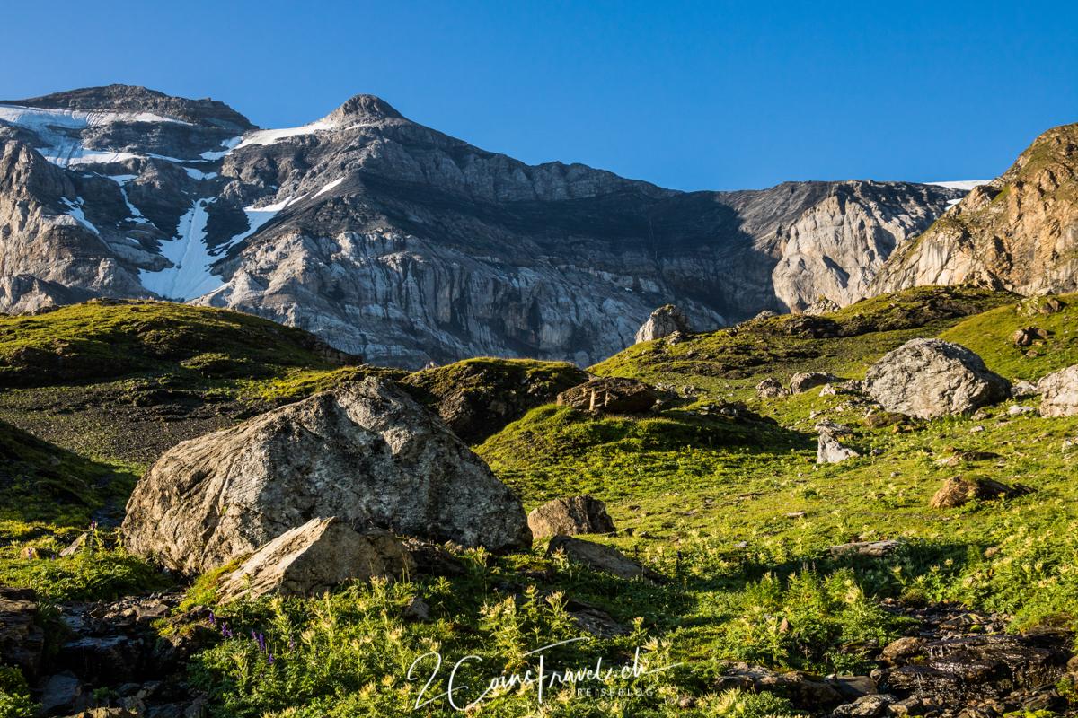 Wanderweg zum Gletschersee Klausenpass