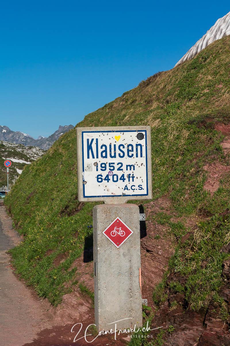 Schild am Klausenpass