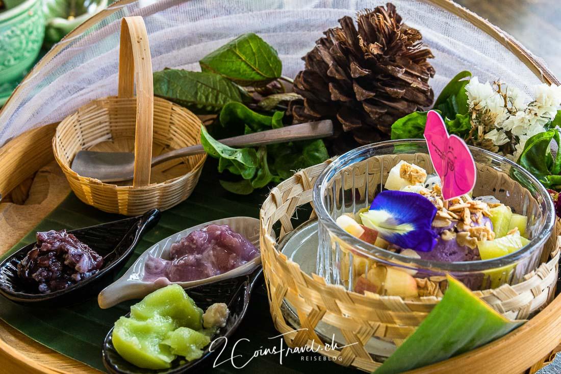 Thai Essen Art Bridge Restaurant