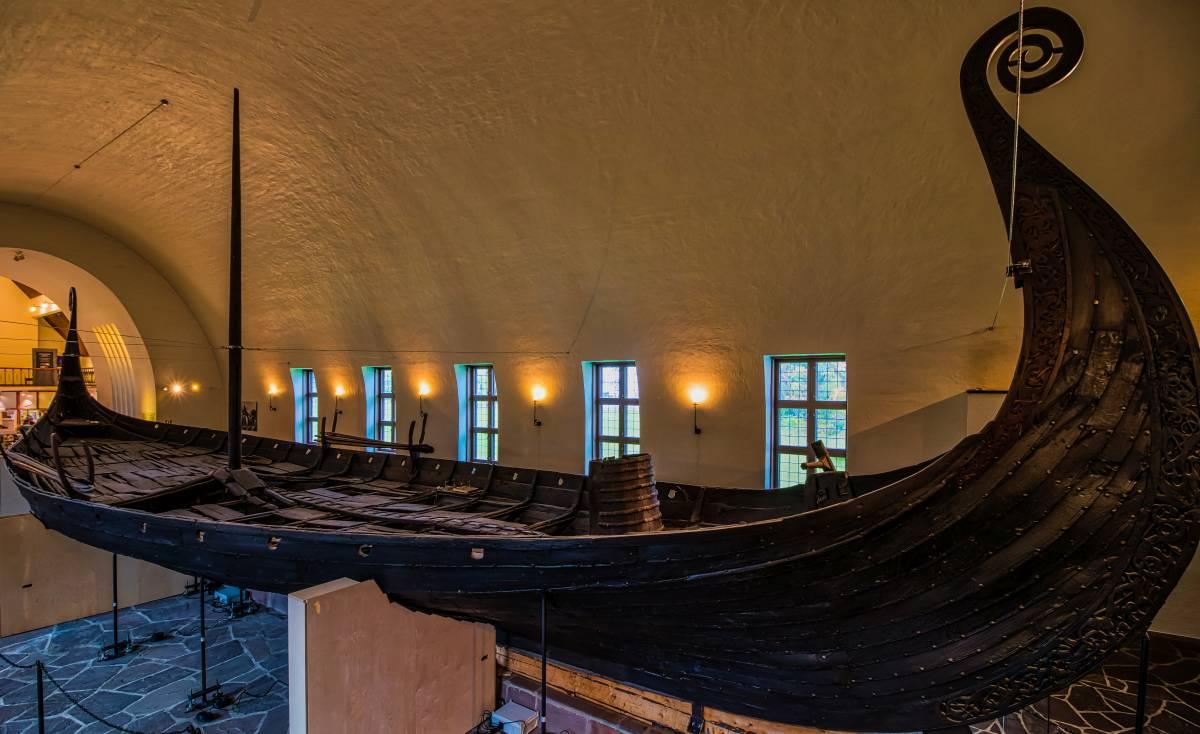 Wikinger Schiff im Vikingskipshuset Museum Oslo
