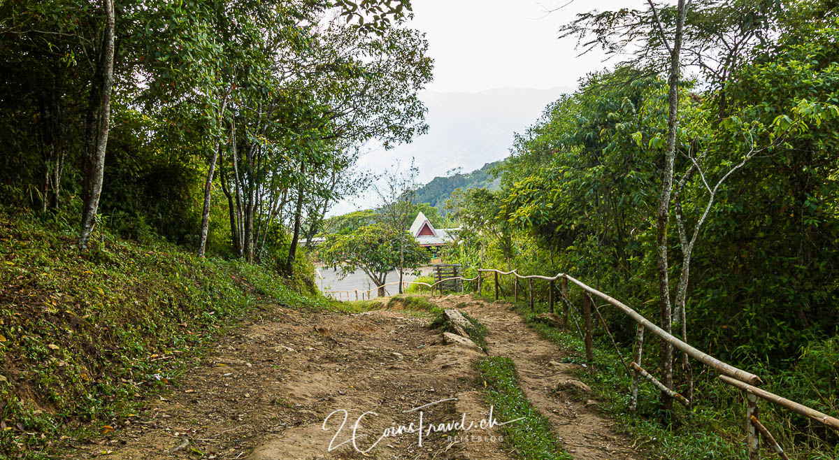 Weg Phu Chi Fa