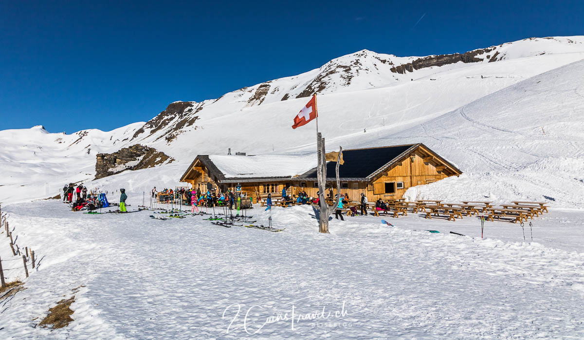 Skibar First