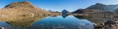 Panorama und Spiegelung im Jörisee