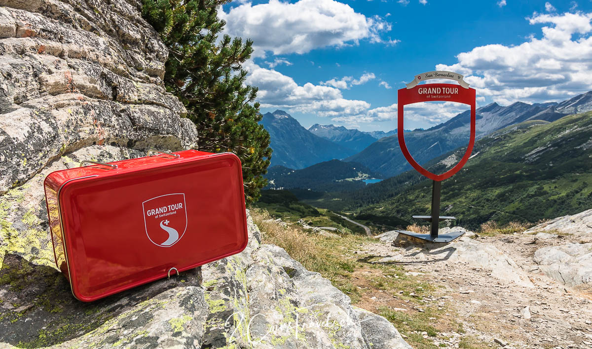 Grand Tour of Switzerland Snackbox San Bernadino