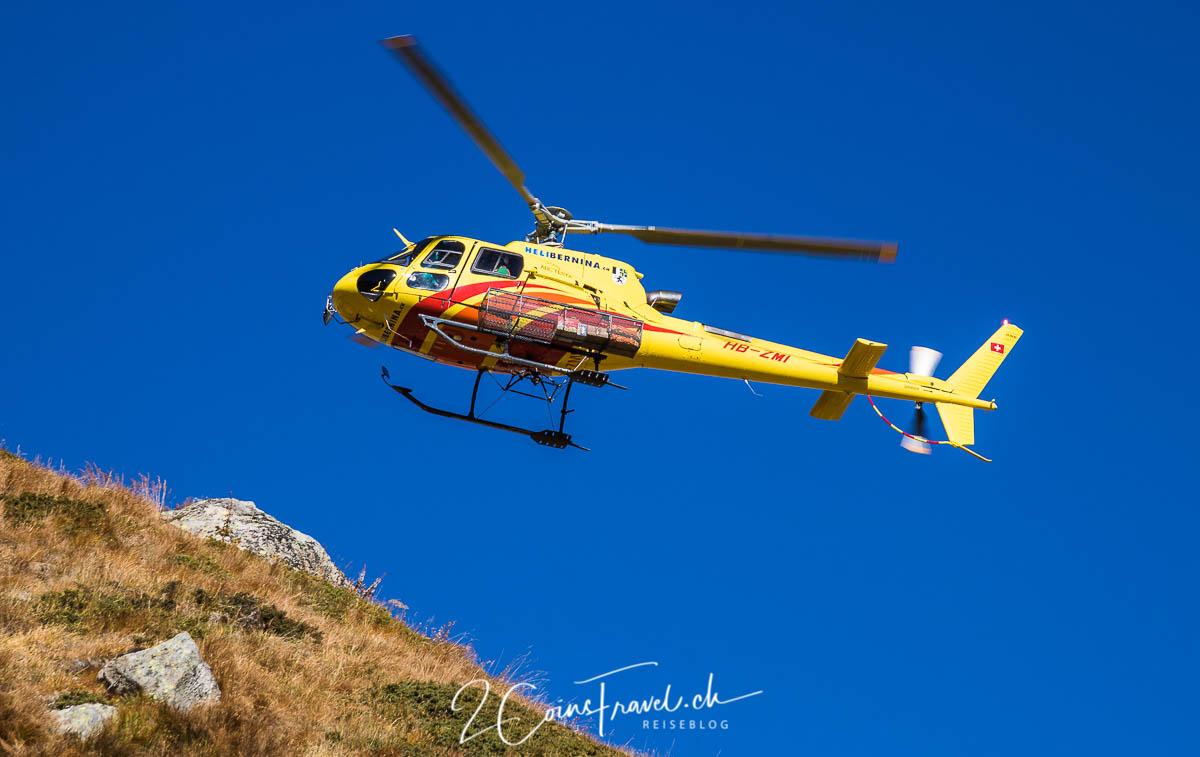 Hubschrauber an der Bovalhütte