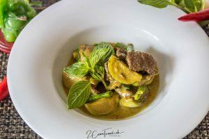 Kaeng Kiaw Wan Nua - แกงเขียวหวานเนื้อ