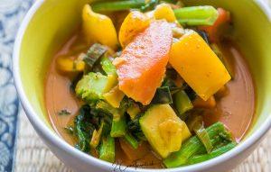 Gang Phed Pak - แกงเผ็ดผัก