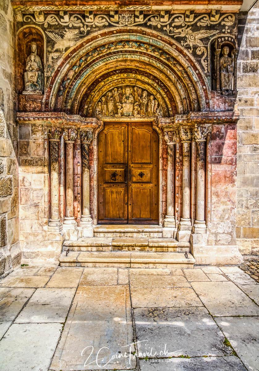 Osttor der Stiftskirche in Saint Ursanne