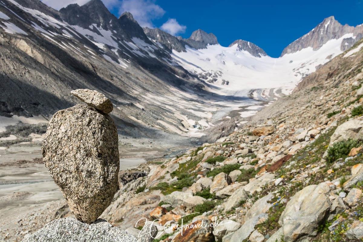 Steinmann am Gletscher