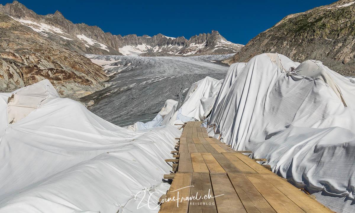 Abgedeckter Gletscher