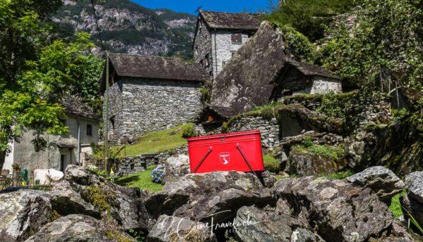 Grand Tour of Switzerland Snack Box