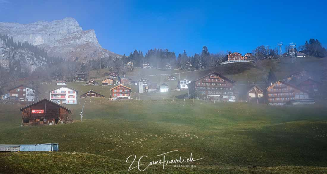 Braunwald im Nebel