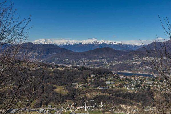 Ausblick auf Walliseralpen