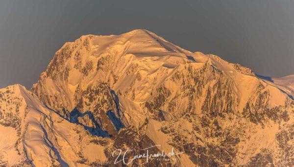 Alpenglühen Mont Blanc